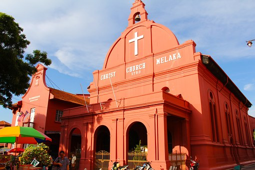 malaca-iglesia