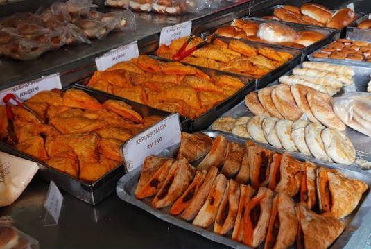 Pastelería Salahuddin Bakery Malasia Johor Bahru degustación platos tipicos Malasia